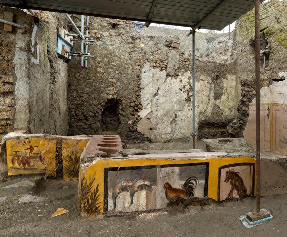 PompeiiA.jpg.6bb05b4a0ba6a1c368affabe4677a8be.jpg