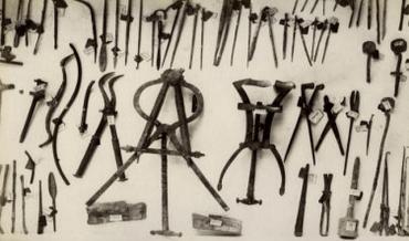 A selection of ancient Roman medical and surgical tools